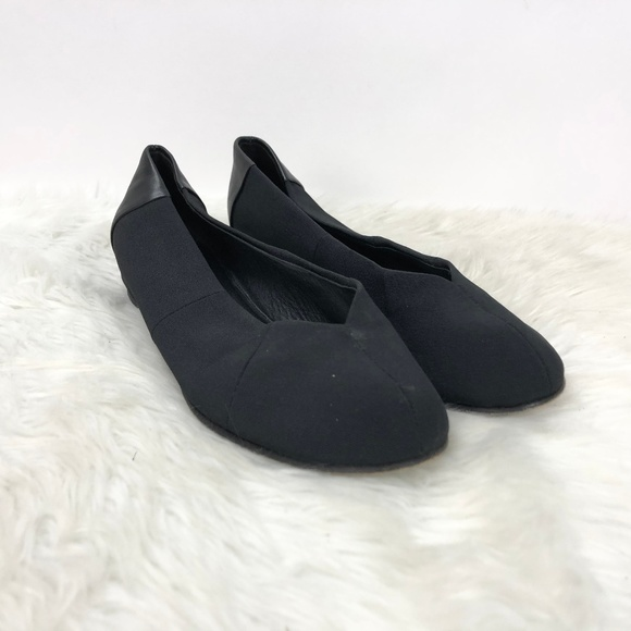 ☂️Eileen Fisher Black Round Toe Flats